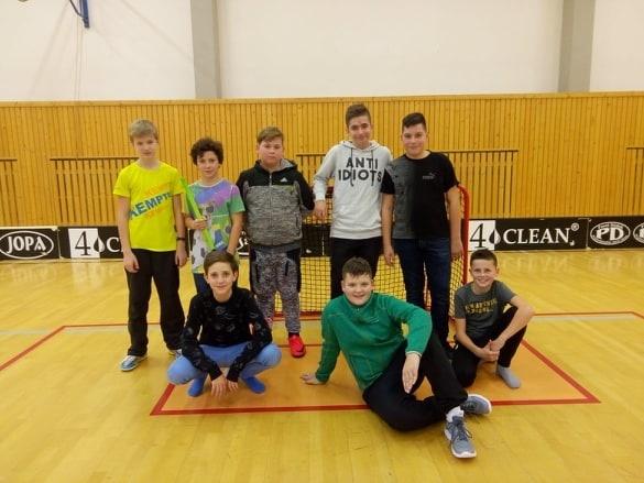 turnaj 27. 11. ml. ž. .jpg